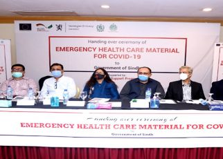 Sindh govt handed over 50,000 PPE kits, 40,000 surgical masks